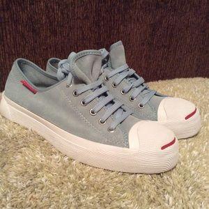Hocus Pokus Baby Blue Suede Shoes Sz 9.5